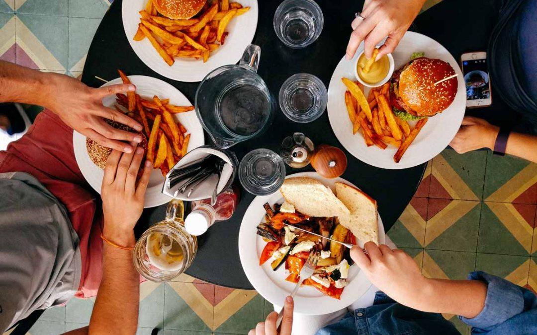 Restaurant etiquette tips in the COVID era