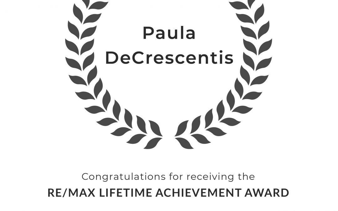 Paula DeCrescentis Earns RE/MAX Lifetime Achievement Award