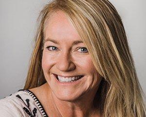 Mollie McKennie headshot